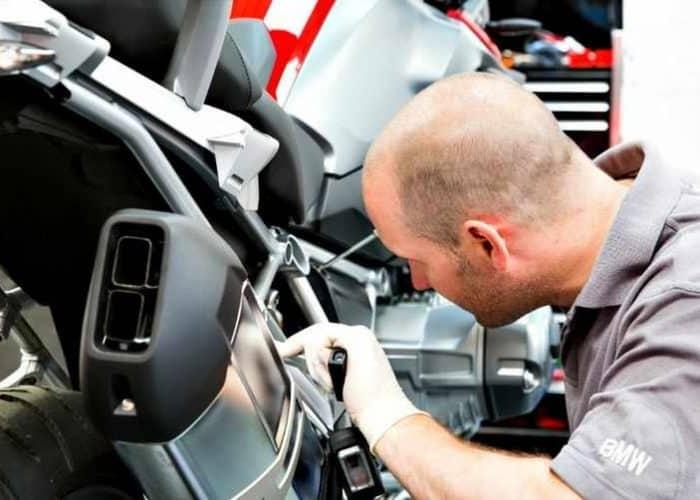 motor de arranque en reparación