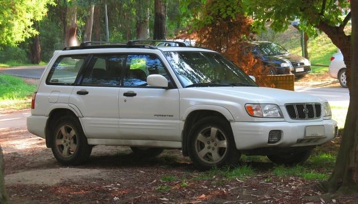 Como Quitar El Espejo Lateral De Un Subaru Forester